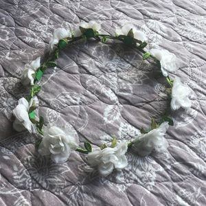 White Flower Crown 💐